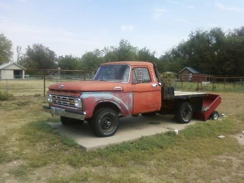 Pics Of Dodge Trucks >> 1964_Ford_F-100_4x4_Hutchinson
