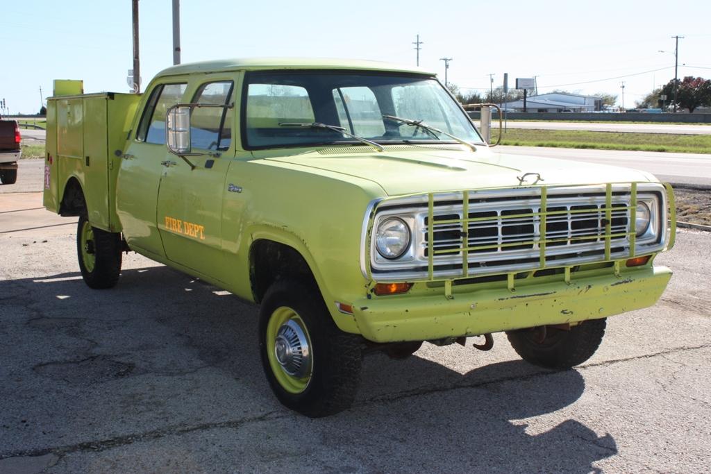 1975_Dodge_W200_CC_Goldsby-2015