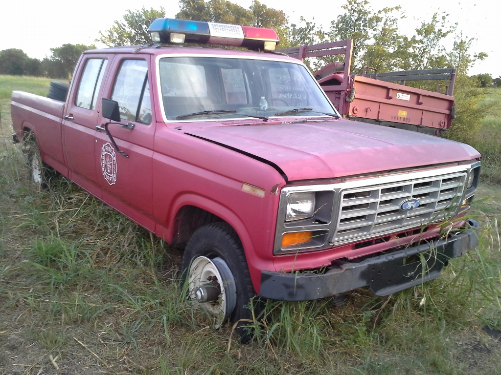 Colwell Ford 1983 Ford W360 4x4 Crew Cab 2 1983 Ford W360
