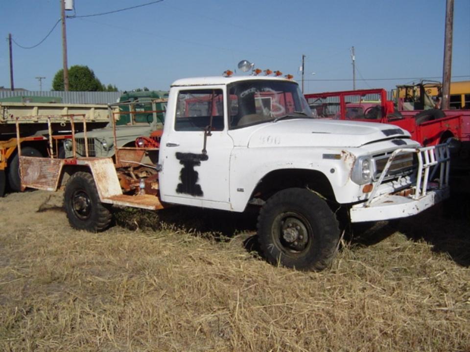International 4WD Trucks