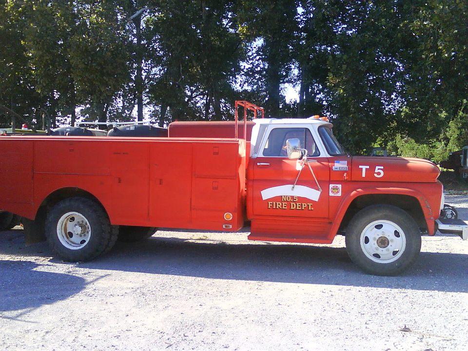 0911 1966 chevrolet c60 fire rescue truck. Black Bedroom Furniture Sets. Home Design Ideas